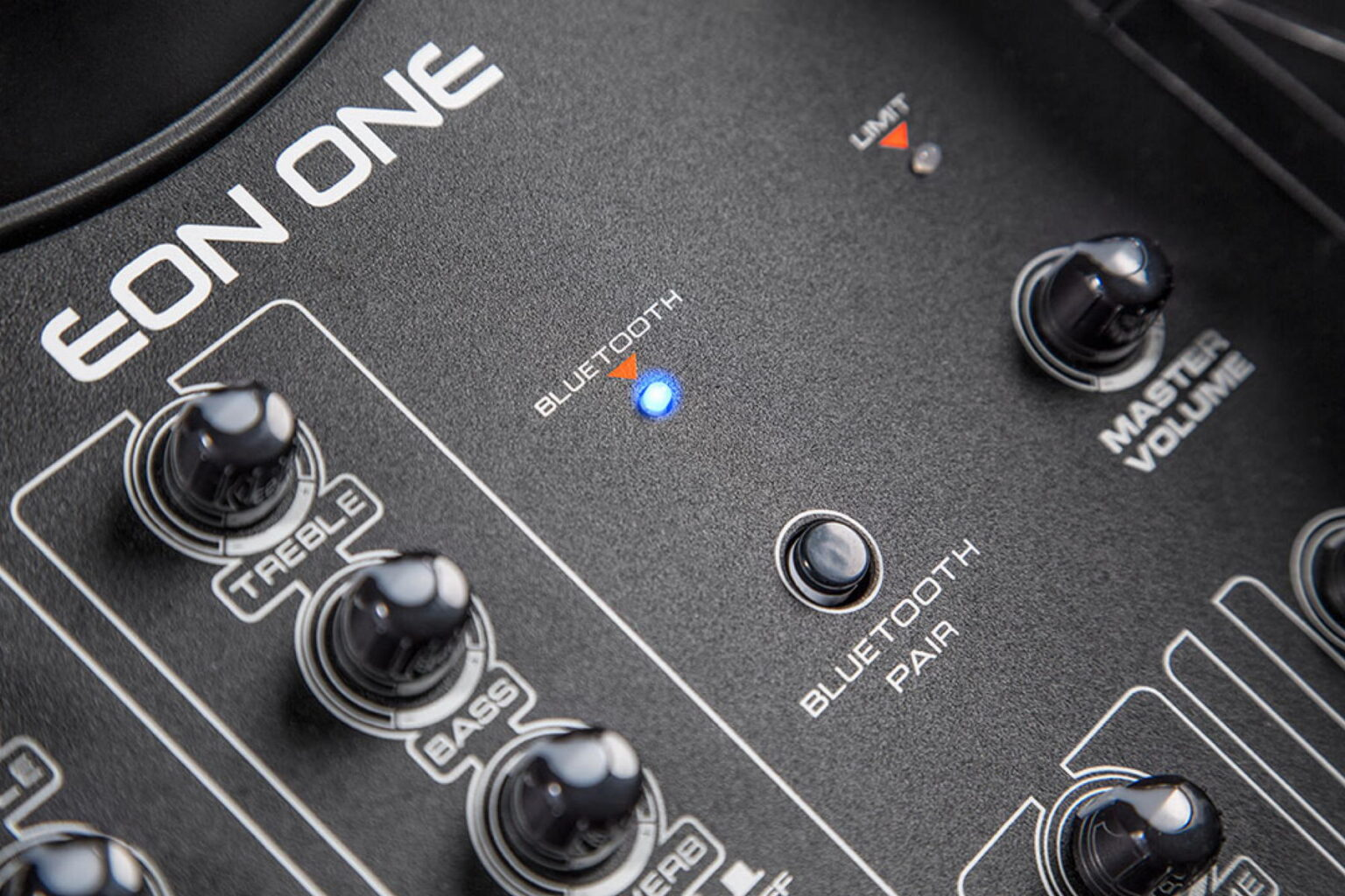 Jbl EON One Linear Array Pa System 6ch Mixer 7